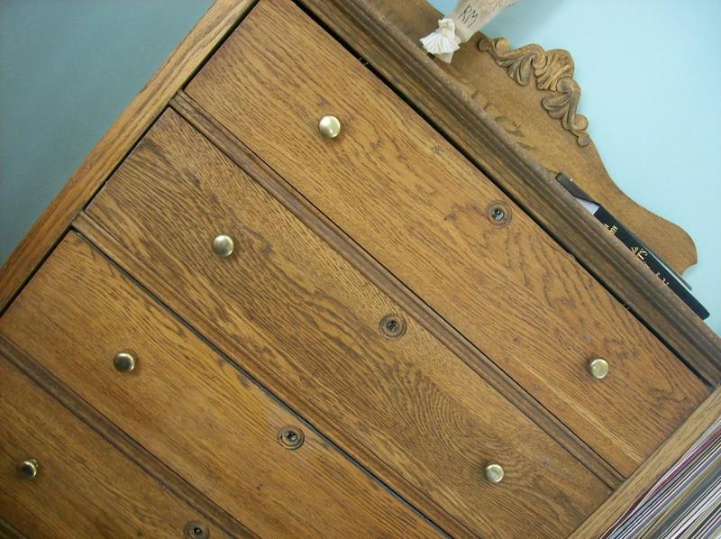 Oak_dresser